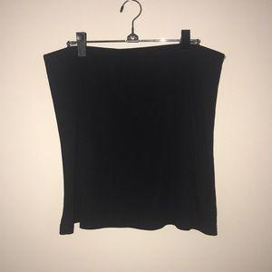 DKNY Black mini skirt, EUC - worn twice. Size L